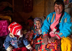 Pro Mujer mother and children in Bolivia